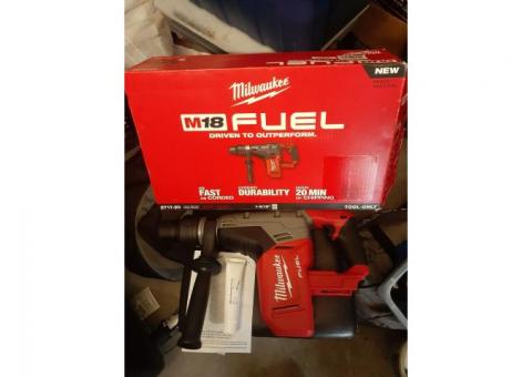 """Milwaukee M18 FUEL 1-9/16"""" SDS Max Hammer Drill (Tool Only) 2717-20"""